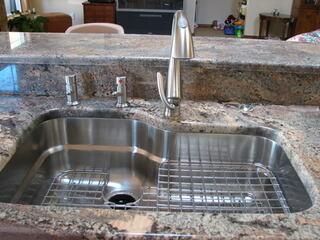Franke Kitchen Sink ORX110 with Right Hand Shelf Grid OC-31C-RH