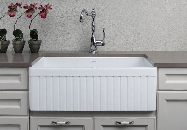 32 Farmhouse Sink : ... Brand AB537 Fluted 32 Inch Double Bowl Fireclay Farmhouse Kitchen Sink
