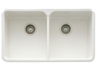 Franke MHK720-31 31 Manor House Inch Apron Front Double Bowl Fireclay Sink