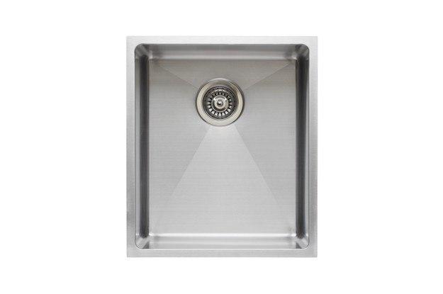 Wells Sinkware CSU2119-9-1 The Chef's Collection 20-1/2 Inch Single Bowl Undermount Kitchen Sink Set